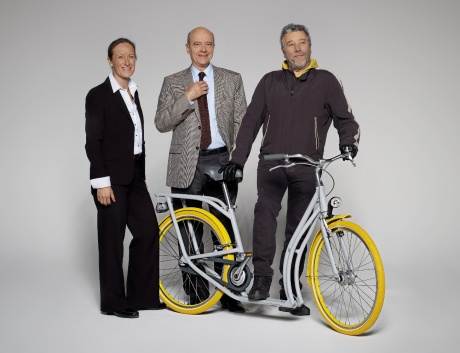 Pibal_bicicletta_monopattino_bordeaux_Peugeot_Starck-via-Partecipactive